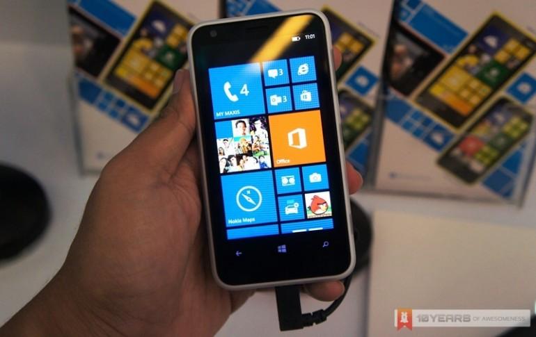 Nokia Lumia 620 Windows Phone 8 Smartphone