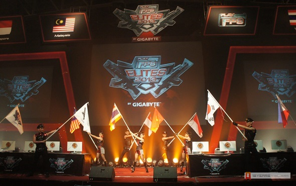 PlayFPS Elites 2013
