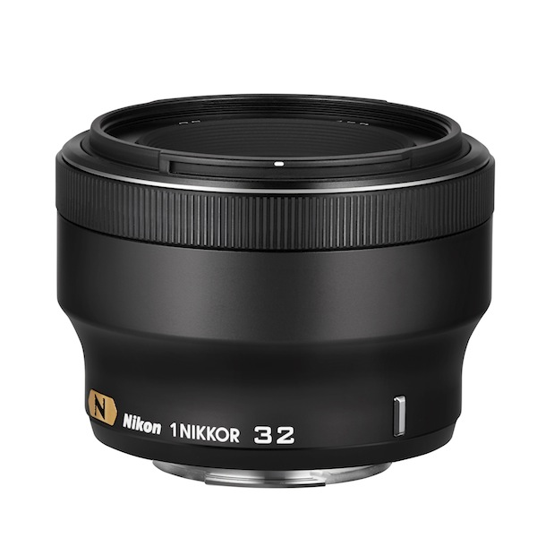 1 NIKKOR 32mm - Black