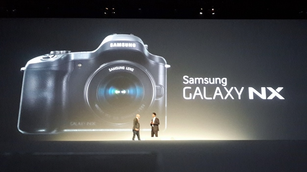 samsung-galaxy-premiere-3