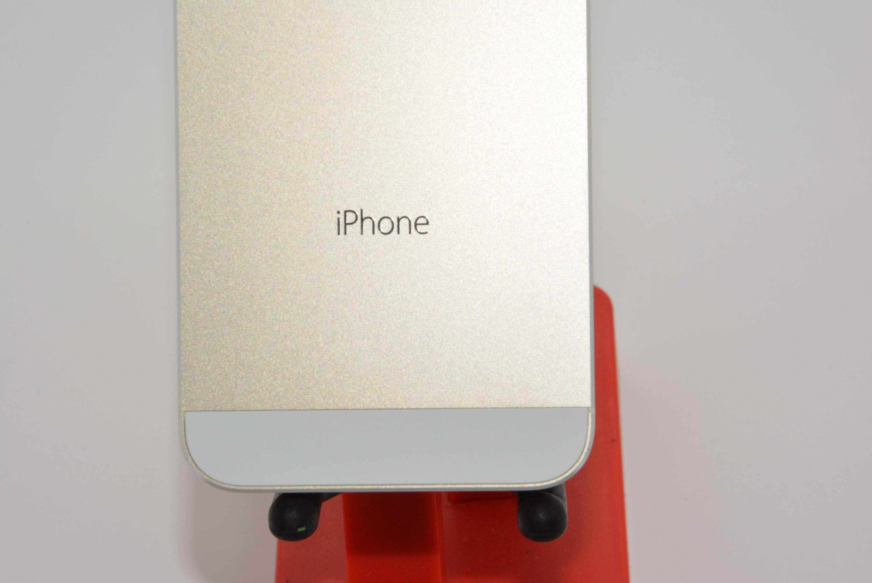 Gold iPhone 5S 4