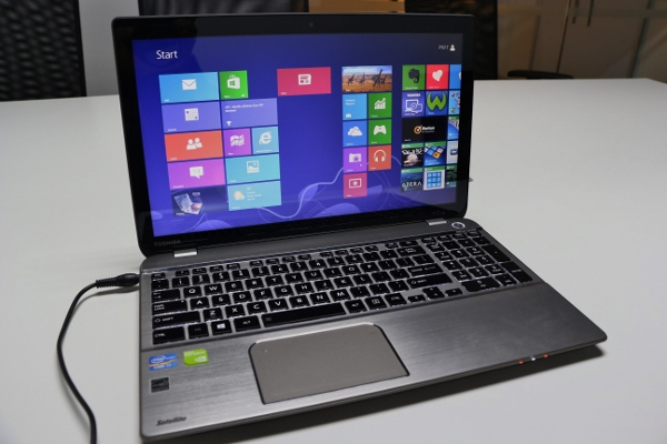 Toshiba_Satellite_P50t (5)