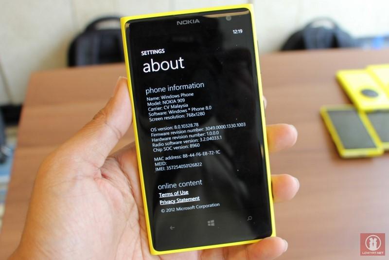 Nokia Lumia 909 a.k.a Lumia 1020