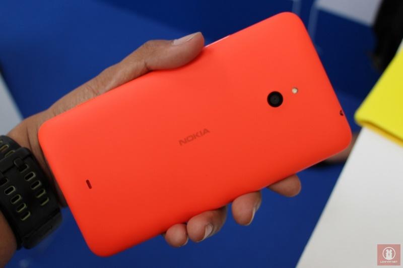 Nokia Lumia 1320 11