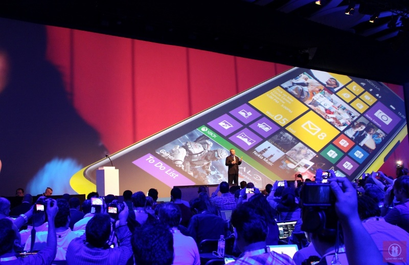 Nokia Lumia 1520 01