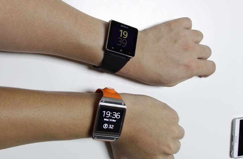 samsung-galaxy-gear-sony-smartwatch-2-2