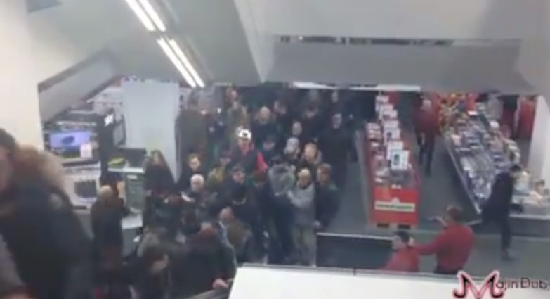 PS4 Launch Day Rush In Germany