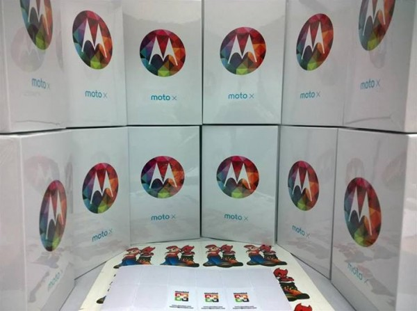 Storekini Moto X stock