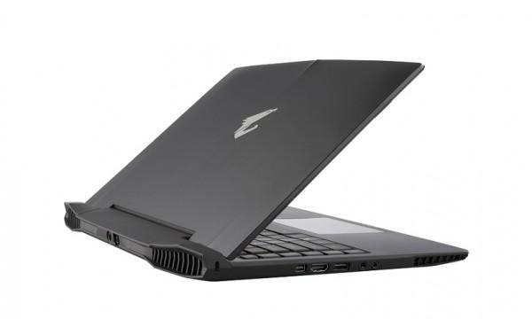 gigabyte-auros-x3-1
