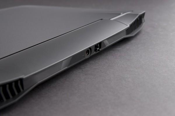 gigabyte-auros-x3-3