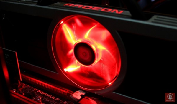 Eyes On AMD Radeon 295X2 16