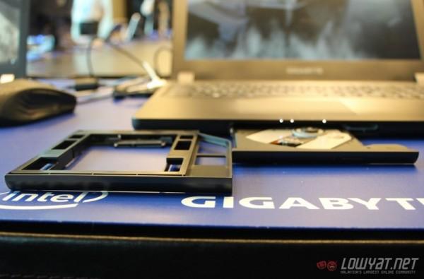 Hands On Gigabyte P35 v2 11