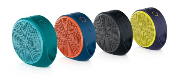 Logitech-X100-Mobile-Speaker-family-photo