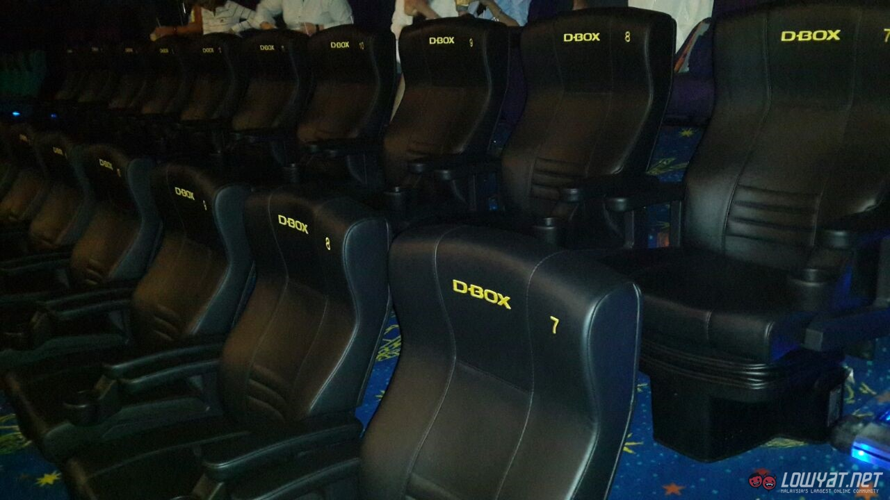 d box motion seats arrive at golden screen cinemas 1 utama in time for guardians of the galaxy. Black Bedroom Furniture Sets. Home Design Ideas