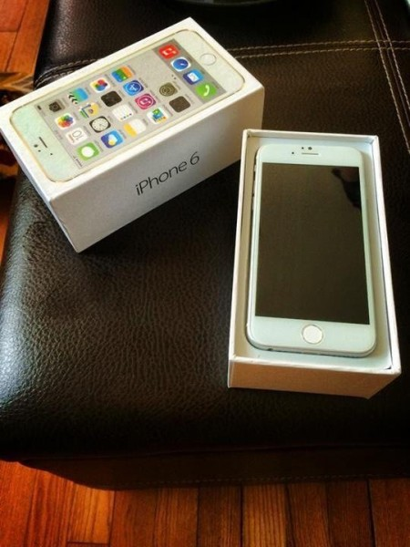 iPhone 6 Retail Box 2