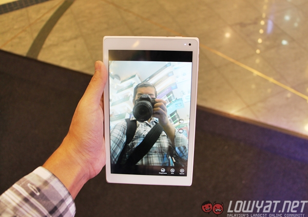 Joi-8-tablet-sns-intel-10