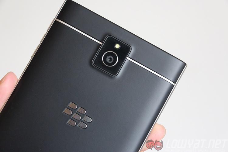 blackberry-passport-23