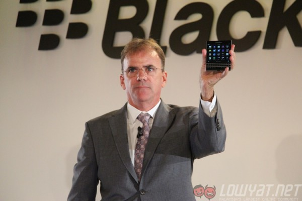 blackberry-passport-launch-1
