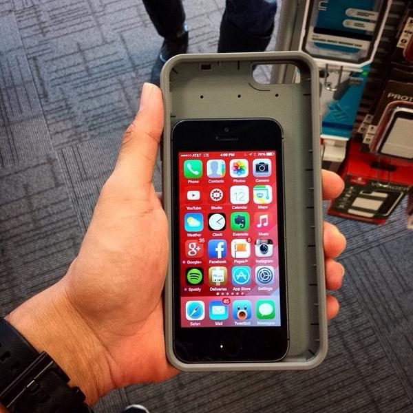 iPhone 5s in iPhone 6 Plus Case