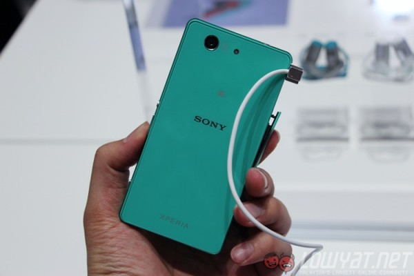 sony-xperia-z3-compact-16