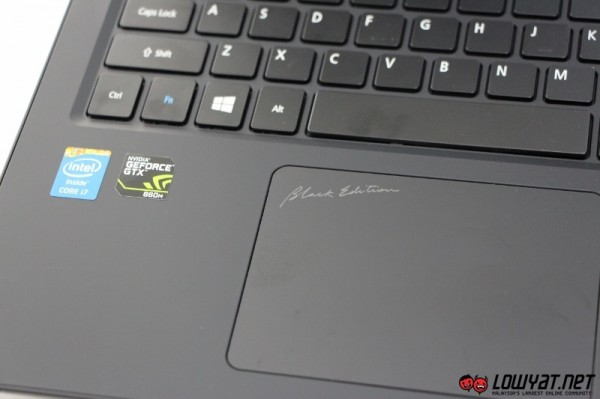 Acer Aspire V15 Nitro Black Edition Hands On 03