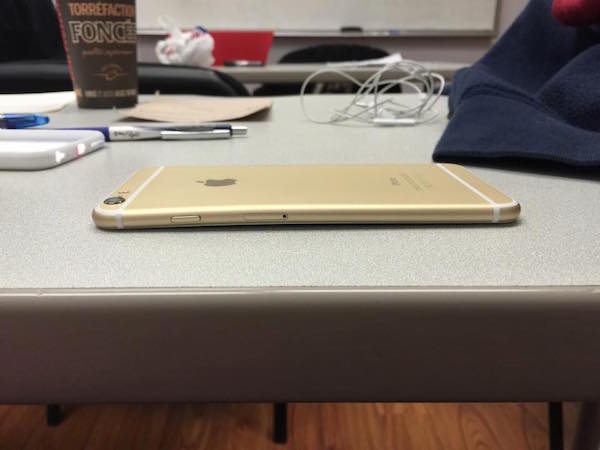 Bent iPhone 6 Gold