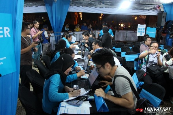 Celcom iPhone 6 and iPhone 6 Plus Midnight Launch 11