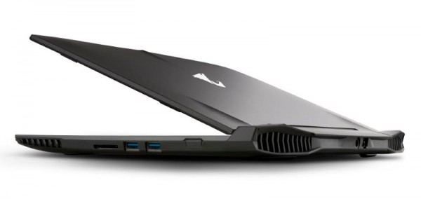 AORUS X3 Plus V3 Gaming Laptop