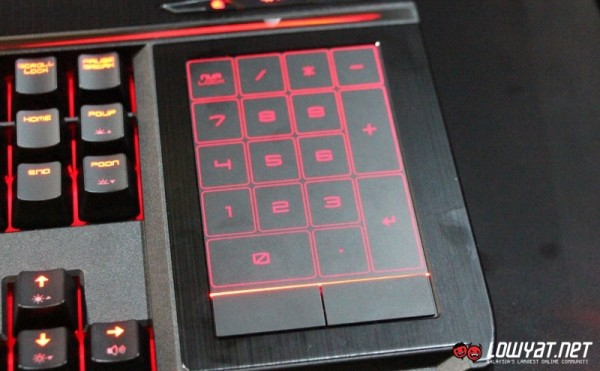 MSI GT80 Titan SLI Gaming Laptop Hands On 04