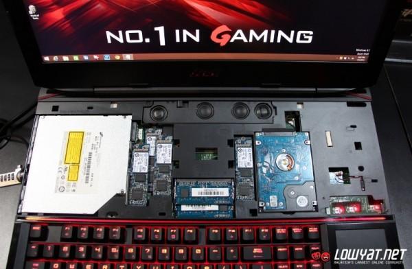 MSI GT80 Titan SLI Gaming Laptop Hands On 07