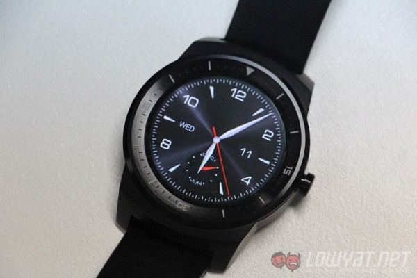 g-watch-r-review-27