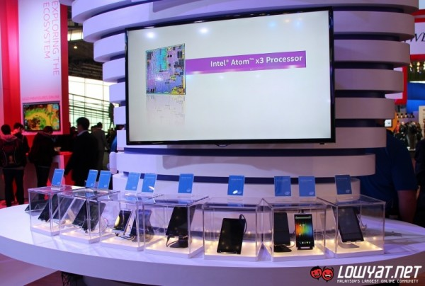 Intel Atom x3 Reference Design Devices 01