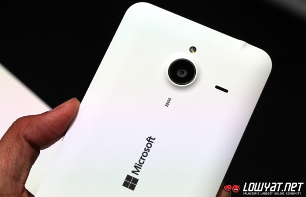 Microsoft Lumia 640 XL Hands On 18