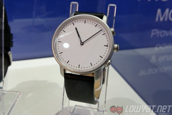 nevo-watch-solar-1