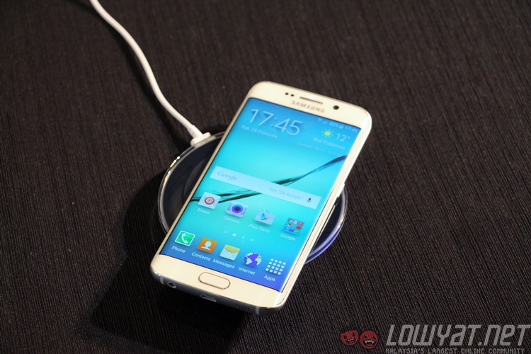 samsung galaxy s6 s6 edge to be available in maxis online store on april 3 lowyat net. Black Bedroom Furniture Sets. Home Design Ideas