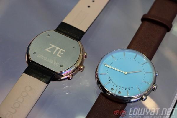 zte-venus-business-intelligence-watch-2