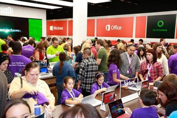 Microsoft Store, Los Cerritos Center, Cerritos, California
