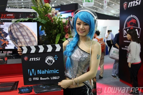 computex-2015-booth-babes-6