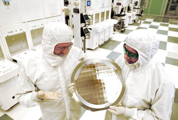 ibm-7nm-chip-3