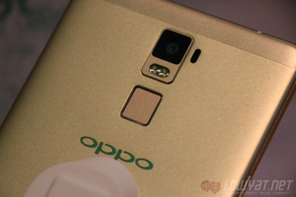 oppo-r7-plus-hands-on-7