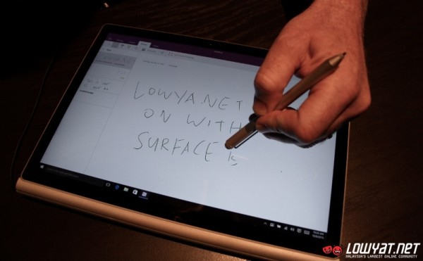2015 Surface Pen Hands On 02