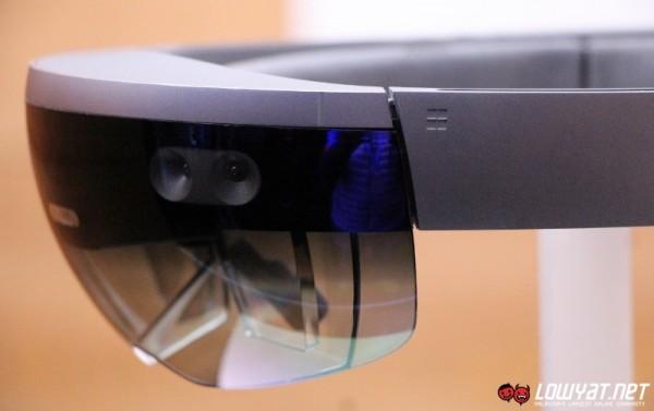 Microsoft HoloLens Eyes On 04