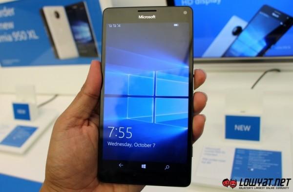 Microsoft Lumia 950 XL Hands On 04