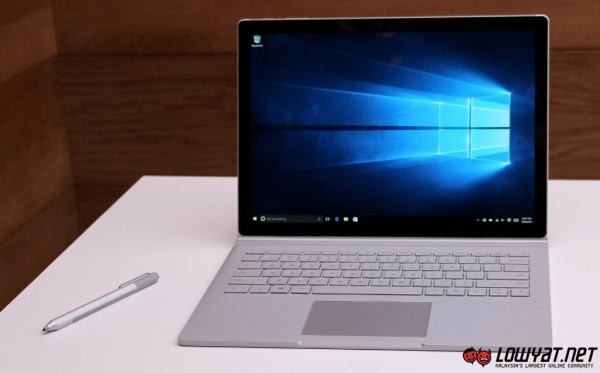 Microsoft Surface Book Hands On 02