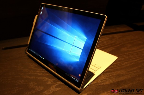 Microsoft Surface Book Hands On 20