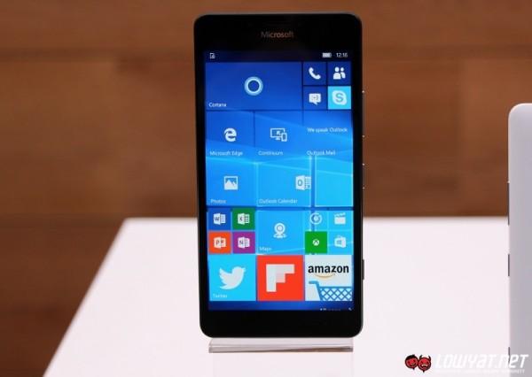 Microsoft Lumia 950 Eyes On 04