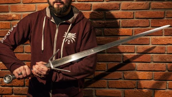Witcher 3 Custom Sword