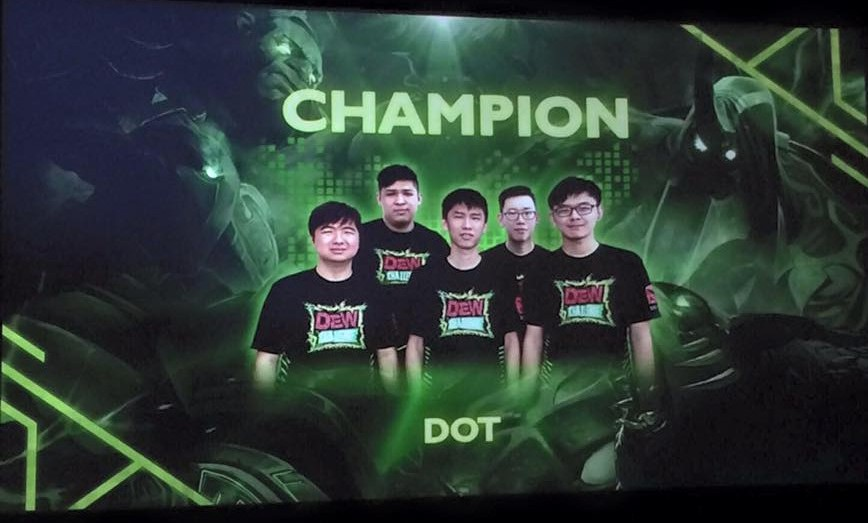 team-dot-mountain-dew-dota2-challenge
