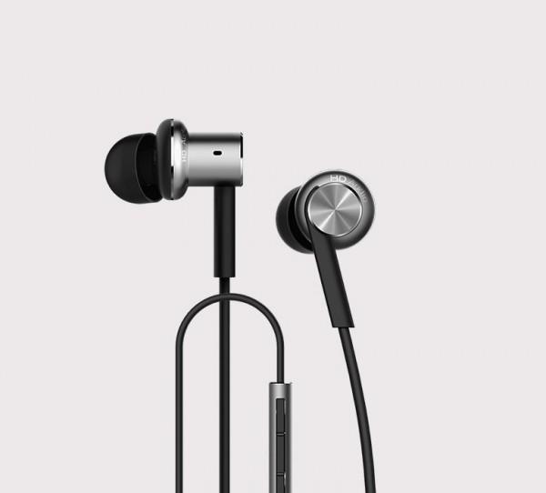 xiaomi-in-ear-headphones-1