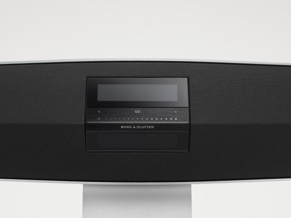 BeoSound-35-Display-Pack-shot-High-Res